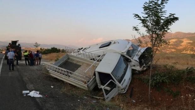 Dersim-Elazığ karayolunda kaza: 20 yaralı