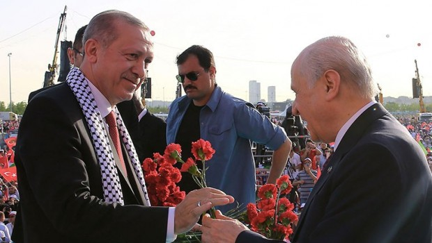 MHP'den büyükşehirler ve HDP belediyeleri için Ak Parti'ye yeşil ışık
