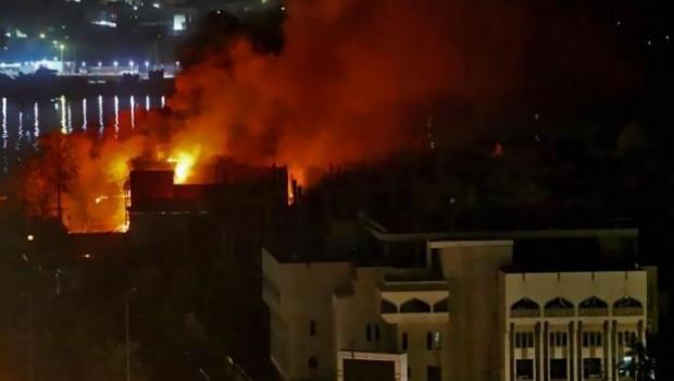 Irak'tan İran'ın konsolosluk binasının yakılması sonrası ilk açıklama