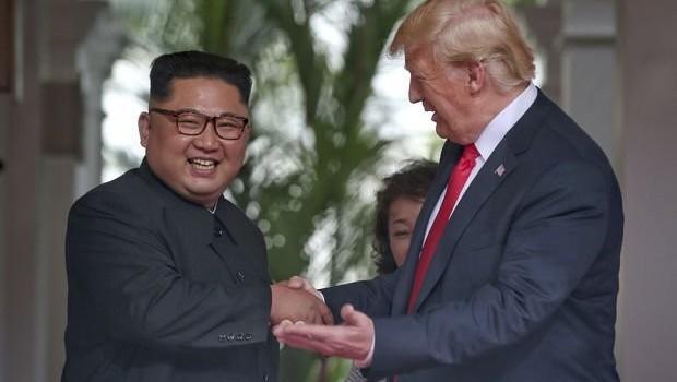 Trump'tan Kim Jong Un'a övgü : Herkese kanıtlayacağız
