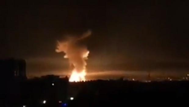Suriye'de art arda patlamalar...