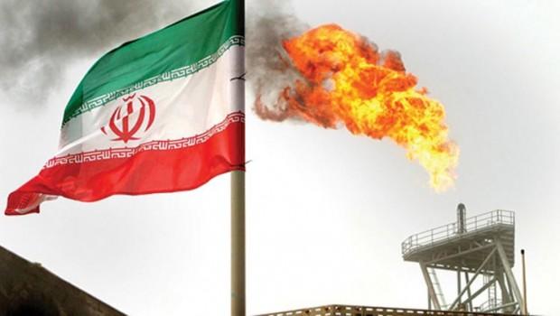 İran'a bir şok daha... Bir ülke daha petrol ithalatını durdurdu