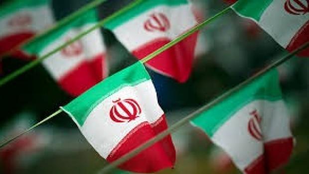 İran'da askeri törene saldırı: Ölü ve yaralılar var