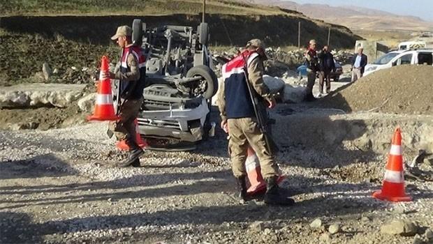 Van'da öğrenci servisi kaza yaptı: 10 yaralı