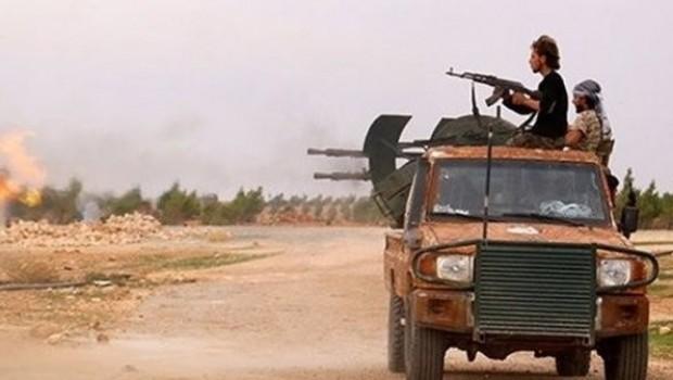 İdlib'de iki grup arasında çatışma