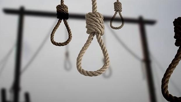 İran rejimi 3 Kürt'ü daha idam etti