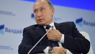 Putin: IŞİD, Suriye'de 700 kişiyi rehin aldı