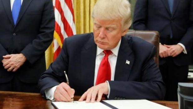 Trump'tan dünyada 'savaş çıkartacak' açıklamalar.. Çekilme kararı aldı...!
