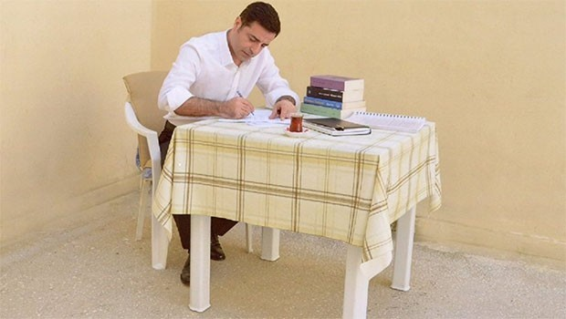 Yeniçağ yazarı: ABD serbest bırakılacaklar listesi verdi, içinde Demirtaş da var