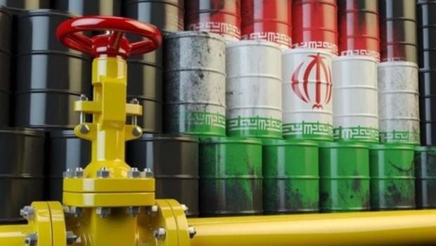 İran ambargoyu delmek için petrolü borsadan satıyor