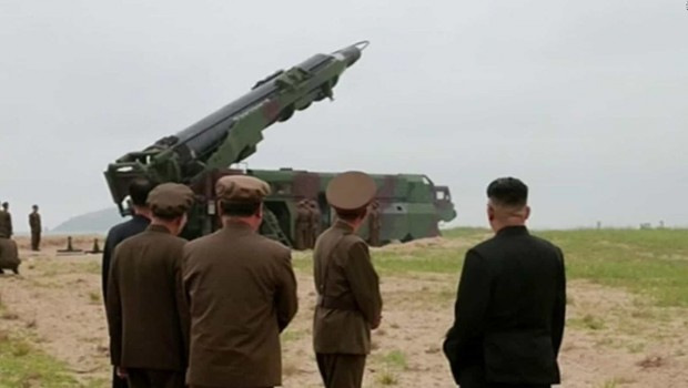 Kuzey Kore'den Ultramodern silah denemesi