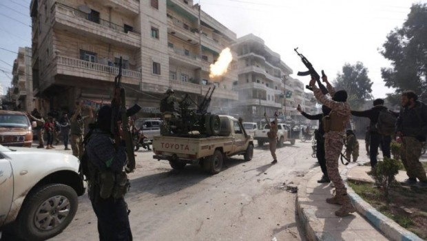 Efrin'de çatışma ve sokağa çıkma yasağı
