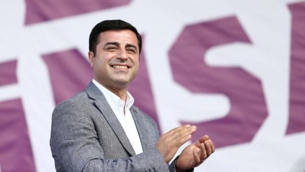 Selahattin Demirtaş'tan Kürt Dili Çalıştayı'na destek paylaşımı