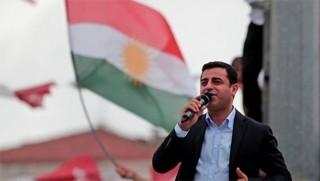 Demirtaş'tan Kürtçe tavsiyesi