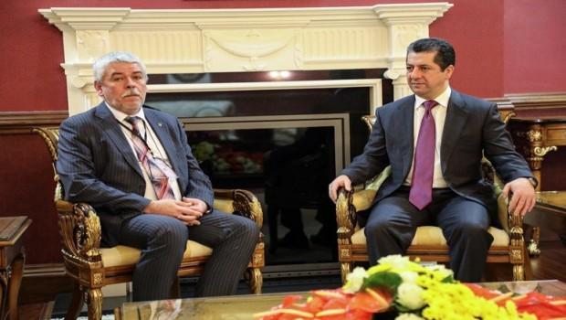 Mesrur Barzani: Anayasanın uygulanması sorunların çözümünü kolaylaştırır