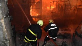 Kerkük'te Kayseri Çarşısı'nda yangın