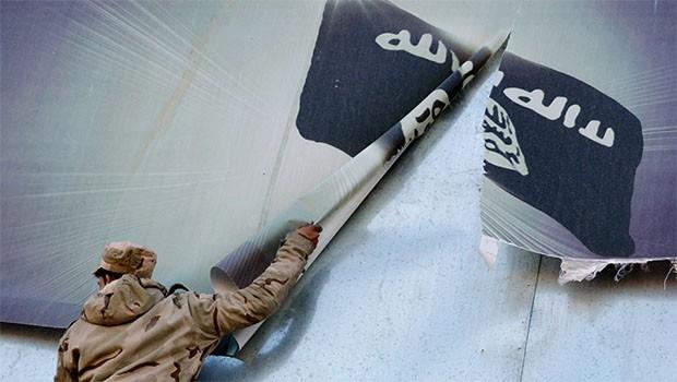 Koalisyon'dan IŞİD'e darbe