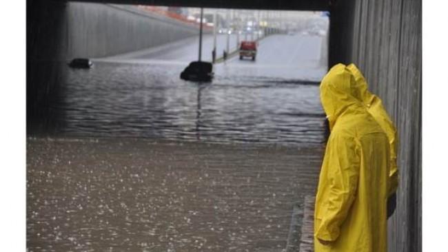 Diyarbakır sular altında kaldı