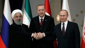 Putin: Suriye Anayasa Komitesi'nin kurulması için çalışıyoruz