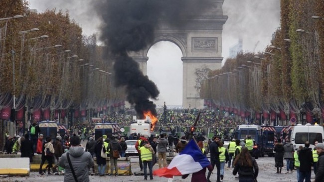 Türkiye'den Fransa'ya seyahat uyarısı