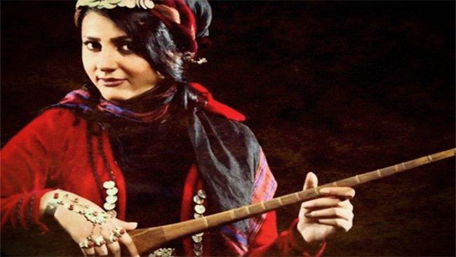İstanbul'da gözaltına alınan Kürt sanatçı Yelda Abbasi, serbest bırakıldı
