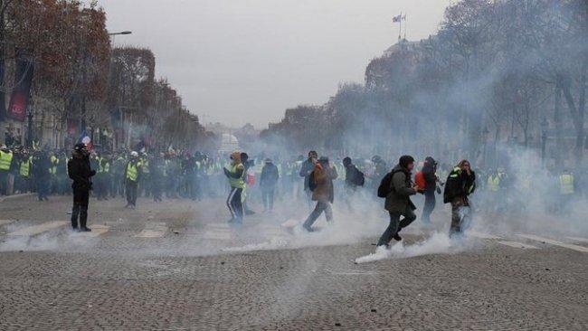 Fransa'da 700 gözaltı