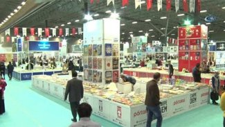 Kürt ilindeki Kitap Fuarı'nda Kürt yayınevleri yok!