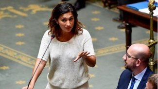 Belçika'da Kürt bakan istifa etti
