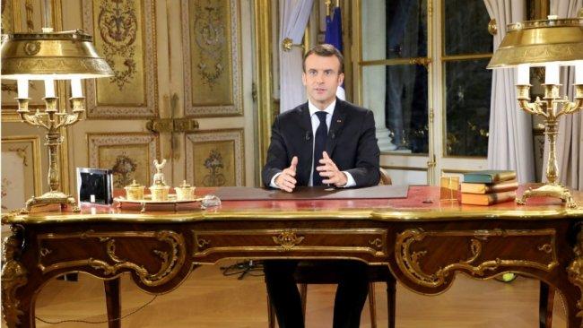 Macron'un önlem paketi Sarı Yeleklileri memnun etmedi