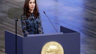 Nadia Murad, ödülünü Şengal'e bağışlıyor