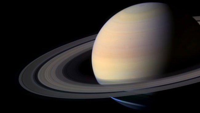 NASA: Satürn'ün halkaları hızla yok oluyor