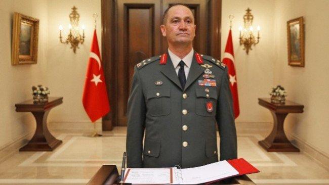 TSK'nin iki komutanı Fırat'ın Doğusu harekatına karşı çıktıkları için pasif göreve atandılar