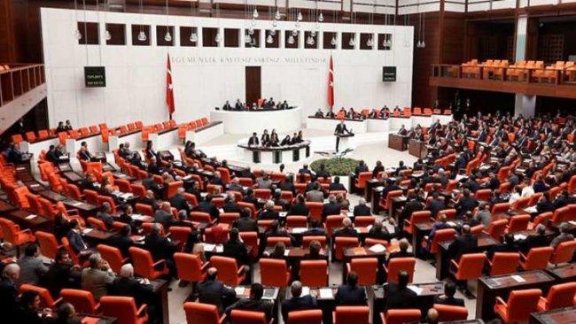 HDP'lilerin çoğunlukta olduğu 14 dokunulmazlık fezlekesi TBMM'de