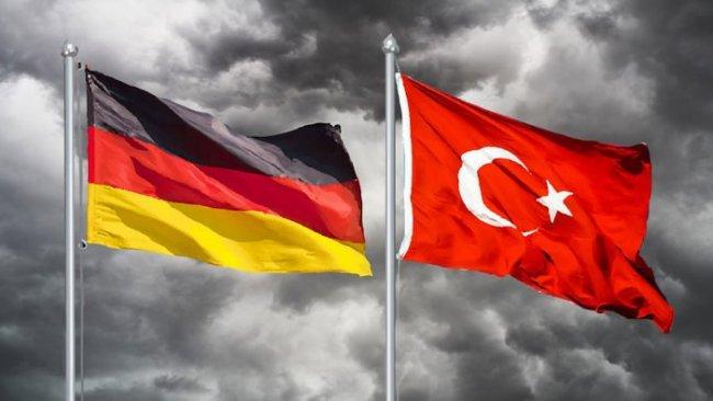 Almanya'dan Türkiye'ye Rojava uyarısı!
