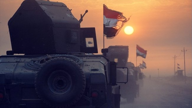 Irak Suriye'de IŞİD'i vurdu