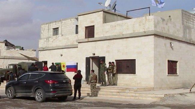 Rusya Menbic'te YPG ile ortak devriye atıyor