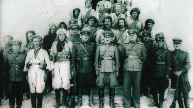 PAK: Mahabad Kurdistan Cumhuriyeti Tüm Kürdistanlıların Onur Kaynağıdır