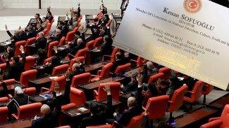 HDP'li vekilin Kürtçe kartvizit talebi kabul edilmedi