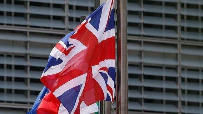 İngiltere'den Juan Guaido'ya destek