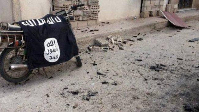 IŞİD Suriye'deki son kalesini terk etti