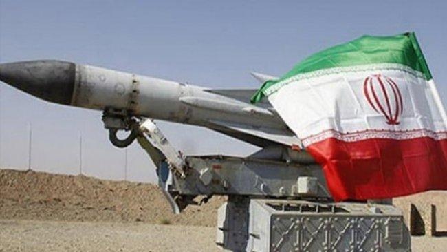 İran, yeni seyir füzesiyle gövde gösterisi yaptı