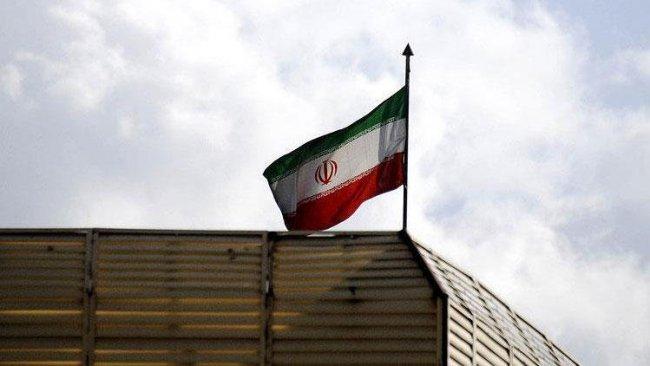 İran'da askeri üsse saldırı!