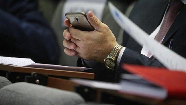 Rusya: Dinlenemeyen telefonun satışına başladık