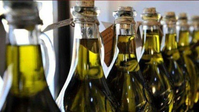 Suriye'den alınan zeytinyağı Türk Malı ibaresiyle Avrupa'ya satılıyor