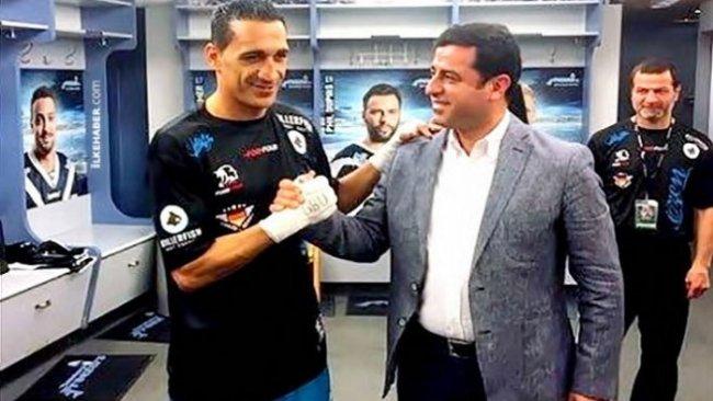 Kürt boksörün pasaportuna Başkonsoloslukta el konuldu