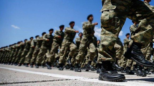 Türkiye'de yeni askerlik sisteminin detayları belli oldu