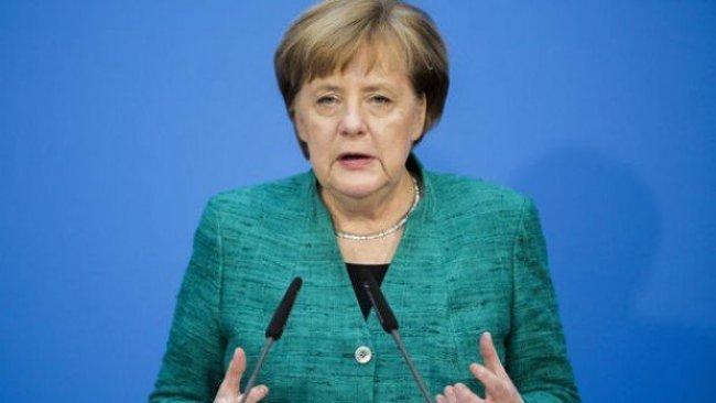 Merkel'den ABD'nin Suriye kararına tepki