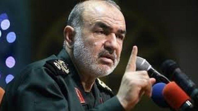 İran'dan tehdit: Dünya süper güçlerini yenilgiye uğratmak için planımız var