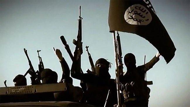 IŞİD, Kerkük'te petrol kuyularına saldırdı