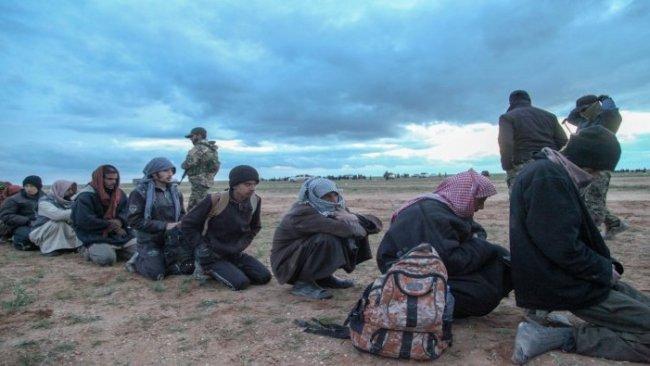 DSG: 400 IŞİD'li Baxoz'dan kaçarken yakalandı